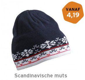 Scandinavische muts met logo